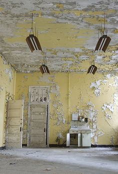 Weston State Hospital 2007. by porc3laind0ll, via Flickr