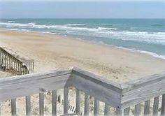I had the same view from my old beach house... Aww those days were something else. Wow! Good memories:)