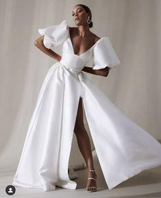 Karen Willis Holmes, Bridal Gowns, Wedding Gowns, Slit Wedding Dress, Gorgeous Wedding Dress, Slit Dress, Wedding Themes, Wedding Ideas, One Fine Day
