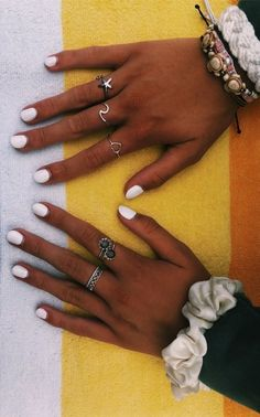Nail Polish Ideas To Help Get Your Summer Mani On Point With a fun summer already around the corner it is important to get our manicures trimmed and ready! Try out these manicure ideas for your next relaxing summertime mani session. Nail Jewelry, Cute Jewelry, Jewelry Ideas, Jewelry Shop, Fashion Jewelry, Accessories Jewellery, Beach Accessories, Jewelry Model, Dainty Jewelry