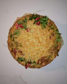 toscakakku Avocado Toast, Grains, Rice, Breakfast, Food, Morning Coffee, Essen, Meals, Seeds