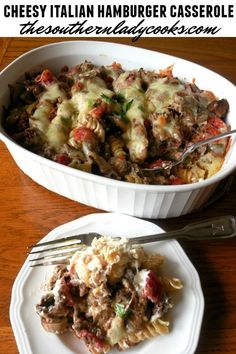 Cheesy Italian hamburger casserole is easy and delicious. A wonderful meal for a busy weeknight or anytime. Italian Casserole, Hamburger Casserole, Chicken Casserole, Italian Sausage Recipes, Meat Recipes, Cheese Recipes, Yummy Recipes, Chicken Recipes, Recipies