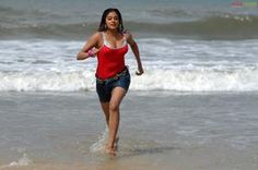 Priyamani Hot Photos from 'Raaj'