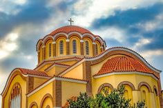 Η Αποστολή της Ορθοδόξου Εκκλησίας στο Σύγχρονο κόσμο και τα βιοηθικά ζητήματα Taj Mahal, Mansions, House Styles, Texts, Ideas, Home, Villas, Thoughts, Palaces