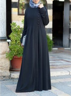 Side Pleated Abaya