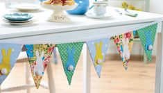 Quality Sewing Tutorials: Easter Bunny Bunting tutorial from Crafts Beautiful