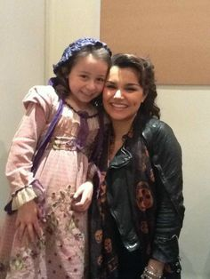 sam and natalya... big and little eponine. this is so cute