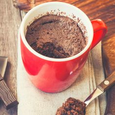 Banana Chocolate Blender Mug Cake 18 Lazy-Girl Desserts That Are Actually Healthyish Healthy Snacks For Kids, Healthy Baking, Healthy Desserts, Ripe Banana Recipe, Mug Cake Healthy, Chocolate Mug Cakes, Flourless Chocolate, Healthy Food Delivery, Savoury Cake