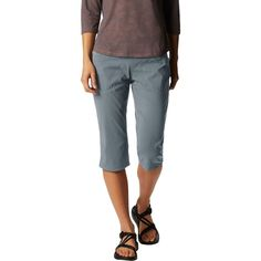 The Mountain Hardwear Women's Dynama Capri has the stretch that dynamic climbs call for. Its lightweight stretch fabric has a DWR coating to shed the falling raindrops that ruin your sending sessions. A low-profile wide waistband gives you a flattering figure at the climbing gym. Capri Pants Outfits, Womens Capri Pants, Pants For Women, Mountain Hardwear, Stitch Fix Stylist, Ruin, Summer Looks, Wardrobes, Capsule Wardrobe