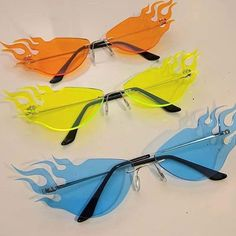 trendy sunglasses Vintage Sunglasses t - sunglasses Sunglasses For Your Face Shape, Cute Sunglasses, Trending Sunglasses, Sunglasses Women, Sunnies, Vintage Sunglasses, Drawing Sunglasses, Cute Jewelry, Jewelry Accessories