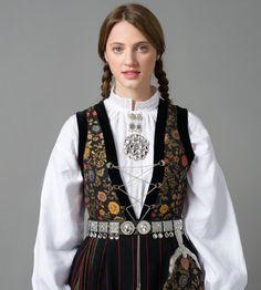 Livet - Sognebunad - Sogn og Fjordane - Norsk Flid nettbutikk og bunader Folk Costume, Costumes, Blazer, Jackets, Clothes, Bing Images, Google Search, Poster, Fashion