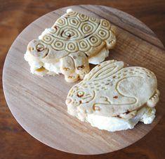 mini ice-cream-sandwiches
