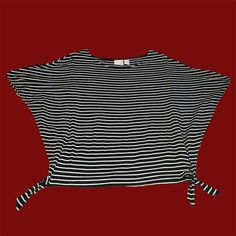 CHICO'S - Black & White Striped Crop Top - Size Small. In store or on eBay | http://ebay.to/2nqR32P #Everett #resale