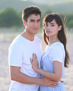 Alice and Darwin Thai Princess, Thai Drama, Sweet Couple, Drama Movies, Strike A Pose, Celebrity Couples, Actors & Actresses, Portrait Photography, Girls Dresses