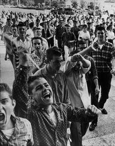 Integration Teen Protest