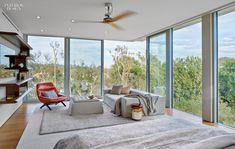 Los Angeles House: 2015 BoY Winner for Large House | Belzberg Archtects. #design #interiordesign #interiordesignmagazine #projects #residences #idboyawards @belzarch