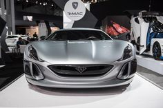 A few days ago, the 2017 New York International Auto Show opened its doors to press and media at the Jacob Javits Convention Center.  The show attracts huge crowds annually by displaying a wide array of highly-anticipated cars, which include everything from drag-ready American muscle to new SUVs, exotics and sedans.  Walking through the enormous doorways into the main display hall, you'll instantly see a bright red and white Ford GT along with a grey Ford Focus RS, which is hitting US…