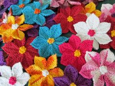 Alot of great flower patterns - These bright and cheery Crochet Wildflowers are a FREE Pattern and you can add them to a Dress, Hat or Blanket. Be sure to view the Crochet Flower Blanket as well! Crochet Puff Flower, Knitted Flowers, Crochet Motif, Crochet Stitches, Knit Crochet, Crochet Leaf Free Pattern, Crochet Daisy, Crochet Appliques, Crochet Slippers
