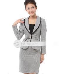 6284fec66 trajes con falda para mujer - Buscar con Google Trajes Con Falda Para  Mujeres, Moda