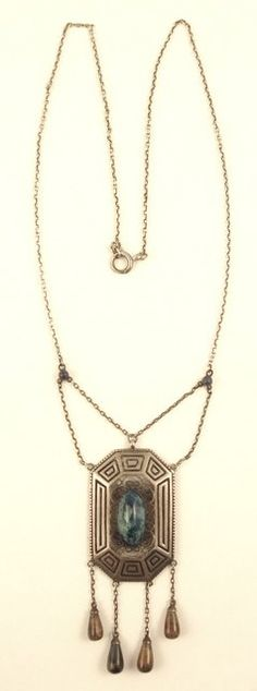 Festoon sterling pendant necklace with blue stone and dangles | Theodor Fahrner. Circa 1906-1908