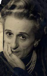 Titina Director, Famous Women, For Stars, Naples, Easy Drawings, Movie Stars, Actors & Actresses, Nostalgia, Hollywood