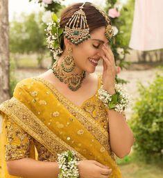 Pakistani Party Wear Dresses, Pakistani Dress Design, Pakistani Bridal, Punjabi Wedding, Mehendi Outfits, Bridal Outfits, Bridal Dresses, Party Dresses, Indian Outfits