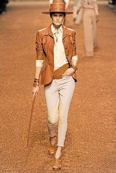 Hermès Spring 2011 Ready-to-Wear Collection Photos - Vogue