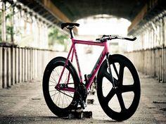 LOW // Taipei #fixie #bicycle