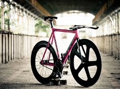 LOW #flickr #fixie #hawt