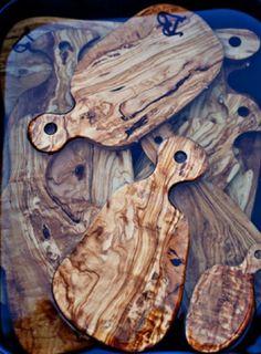 love a natural wood cutting board