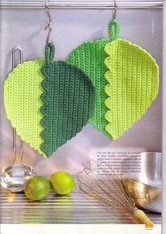 Sensational Benefiting From Beginners Crochet Ideas. Awesome Benefiting From Beginners Crochet Ideas. Crochet Buttons, Crochet Potholders, Crochet Motifs, Crochet Kitchen, Crochet Home, Crochet Yarn, Crochet Flowers, Crochet Hot Pads, Hot Pads