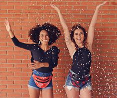 Pochete: Melissa Modelo: Beatriz Ramos e Yve Nolasco Maquiadora: Amanda Domingos Fotografa: Yuri Costa Stylist: Aryelle Mellin Yuri, Bikinis, Swimwear, Costa, Editorial, Crop Tops, Retro, Women, Fashion