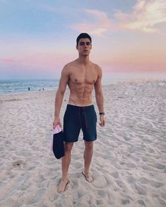 [July Aaaand that's a rainbow sunset behind NYC beaches 🌅(you should see how dark and trash the sand really is without filter 😆) Beautiful Boys, Pretty Boys, Raf Miller, Barefoot Men, Figure Poses, Country Men, Beach Babe, Muscle Men, Hot Boys