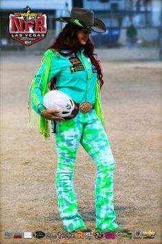 Fallon Taylor! Round 1 2015 NFR. I LOVE the sparkly helmet!