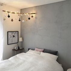 saooo39さんの、ベッド周り,IKEA,寝室,ニトリ,クリスマス,流木,中古住宅,H&M HOME,ピンクとグレー,Bloomingville,リネンの布団カバー,ニトリの軽ふわ布団,のお部屋写真