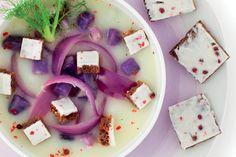 Zuppa di finocchio con patate viola e cipolla rossa Polenta, Fett, Salad Recipes, Dairy, Cheese, Italian Cuisine