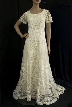 peasant style wedding gowns