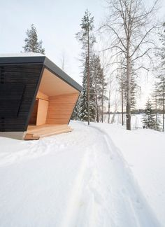 Toni Yli-Suvanto Architects designs Arctic Sauna Pavilion with tilted walls Amazing Architecture, Architecture Details, Modern Architecture, Sauna Design, Timber Walls, Arch House, Wooden Shutters, Forest House, House Extensions