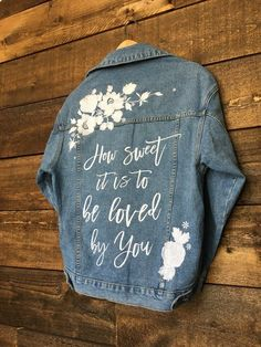 CUSTOM Embroidered Women's Relaxed Fit High Quality Denim Jean Jacket __ Bridal Jacket __ Bride Jacket Something blue gift Painted Denim Jacket, Painted Jeans, Painted Clothes, Hand Painted, Diy Jeans, Jeans Denim, Denim Kunst, Jean Diy, Jean Jacket Outfits