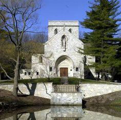 Stone Chapel | St. Hugo of the Hills Catholic Church Bloomfield Hills MI