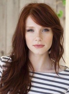 "Auburn hair color is a variation of red hair color but is more brownish in shade. Just like the ombre,Read More Flattering Auburn Hair Color Ideas"" Bryce Dallas Howard, Sweeping Bangs, Sweeping Fringe, Hair Color Auburn, Auburn Hair Copper, Dark Copper Hair, Brown Auburn Hair, Bronze Hair, Gold Hair"