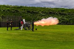 A cannon demonstration by Canadian 1812 reenactors at Fort Wellington. Fort Wellington is located on the St. Lawrence river in Ontario, Canada. American Tours, American History, Summer Activities For Kids, World View, Canada Travel, Places Around The World, Historical Sites, Wonderful Places, Summer Fun
