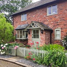 """""""In all its glory """" Porch Uk, Cottage Porch, Cottage Farmhouse, Cozy Cottage, Cottage Living, External Lighting, English Cottages, Dream Properties, Victorian Cottage"""