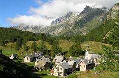 """Alpe devero - paesaggio culturale ricco di storia al confine con la Svizzera. Il paradiso del formaggio """"Bettelmat"""""""