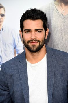 Jesse Metcalfe Photos - Premiere of Warner Bros. Pictures' 'Entourage' - Arrivals - Zimbio