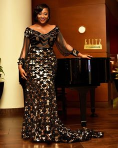 Glitz Style Awards Some Fabulous Dresses - Classic Ghana Nigerian Lace Styles, African Lace Styles, African Lace Dresses, Latest African Fashion Dresses, African Print Fashion, African Style, Women's Dresses, Funky Dresses, Lace Gown Styles