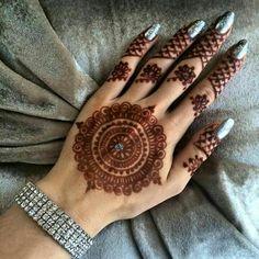new rakshabandhan mehndi designs for 2018 henna designs Circle Mehndi Designs, Finger Henna Designs, Mehndi Designs Book, Modern Mehndi Designs, Mehndi Designs For Beginners, Mehndi Designs For Girls, Mehndi Design Photos, Mehndi Designs For Fingers, Henna Designs Easy