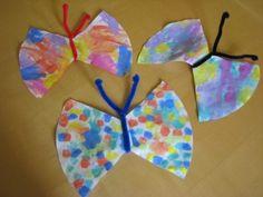 Schmetterlinge aus Filtertüten oder Löschpapier basteln