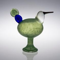 Kiikkuri, one-of-a-kind, made in MOG Tacoma in Oiva Toikka Glass Design, Design Art, Glass Museum, Glass Figurines, Glass Birds, Modern Contemporary, Glass Art, Retro Vintage, Resin