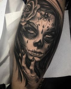 Sugar Tattoo, Sugar Skull Girl Tattoo, Girl Face Tattoo, Girl Skull, Sun Tattoos, Body Art Tattoos, Girl Tattoos, Celtic Tattoos, Chicano Art Tattoos